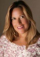 A photo of Beatriz, a tutor from Rutgers University-Newark