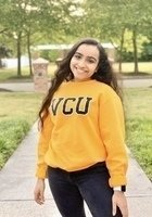 A photo of Sonal, a tutor from Virginia Commonwealth University